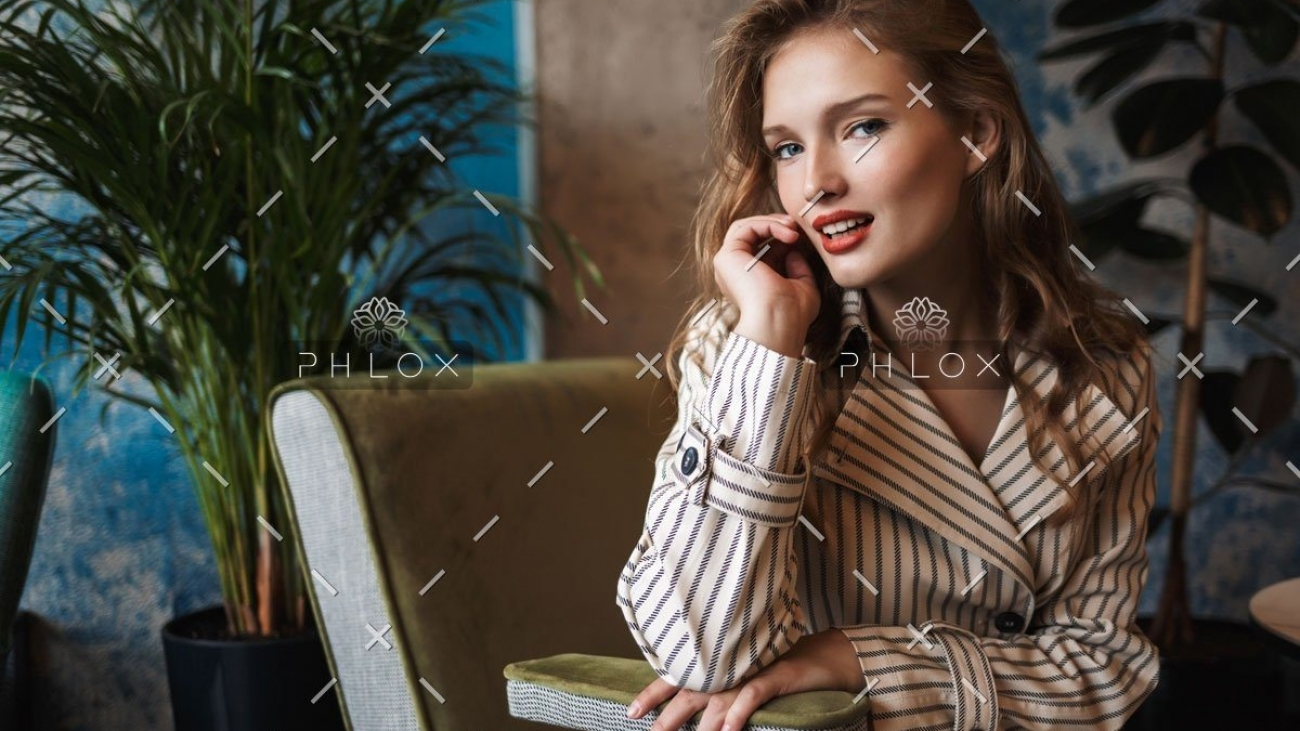 demo-attachment-403-young-smiling-pretty-woman-with-wavy-hair-in-3RVSM8H